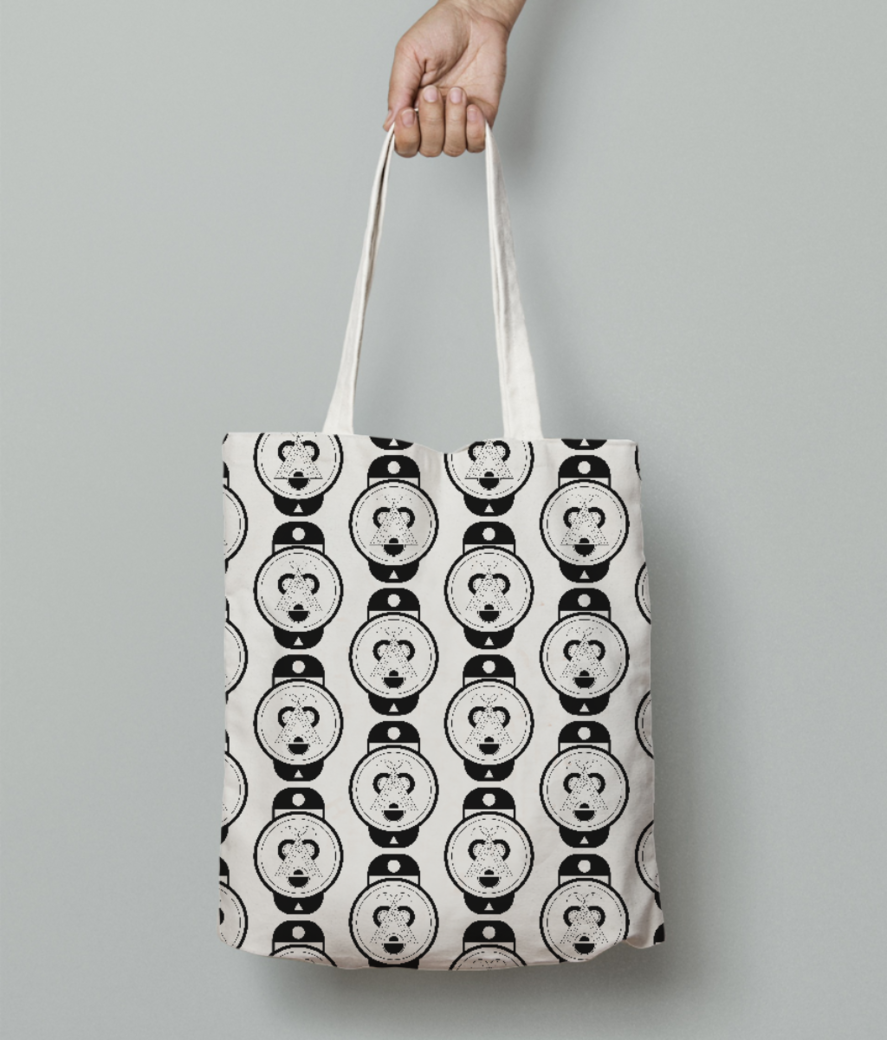 Raccoon tote bag front