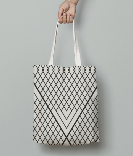 Triangle lines tote bag front