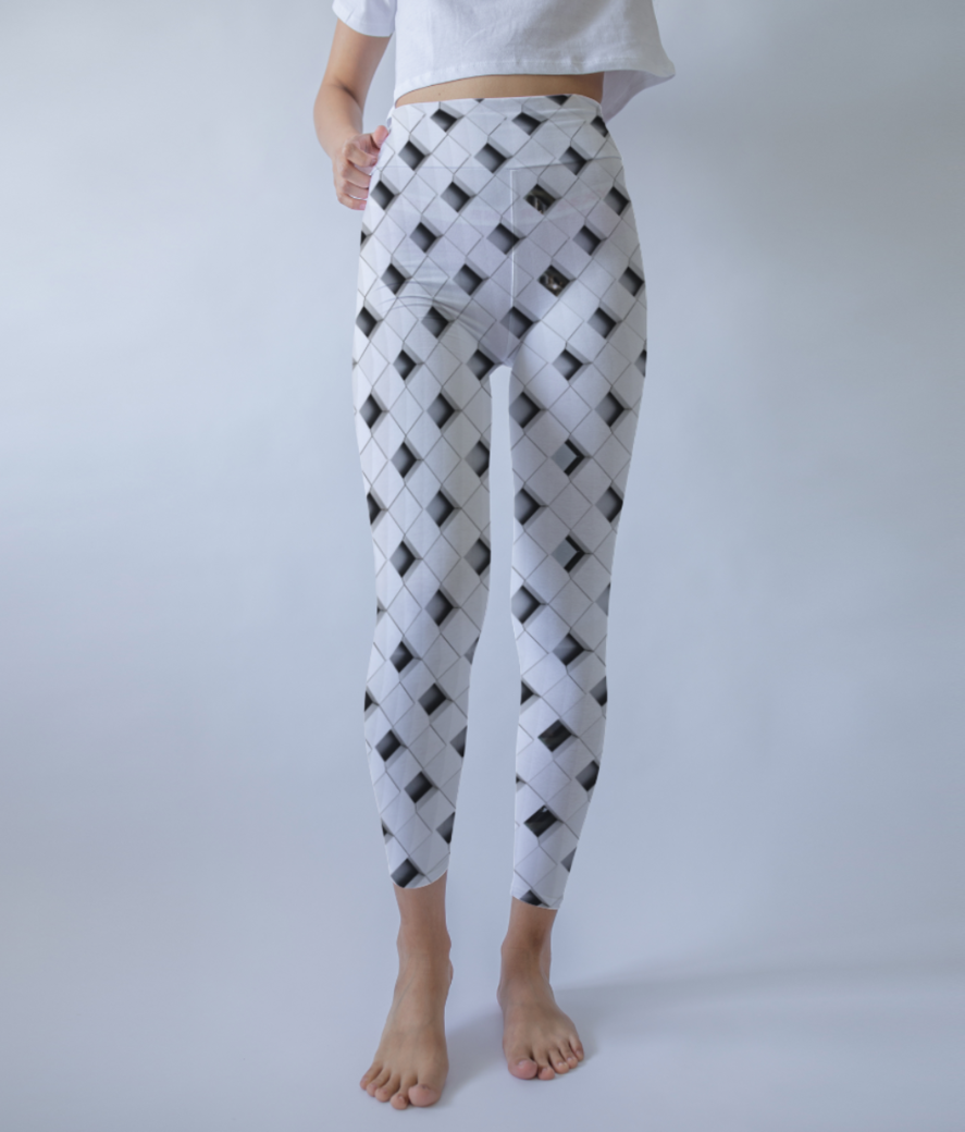 Triangles leggings front