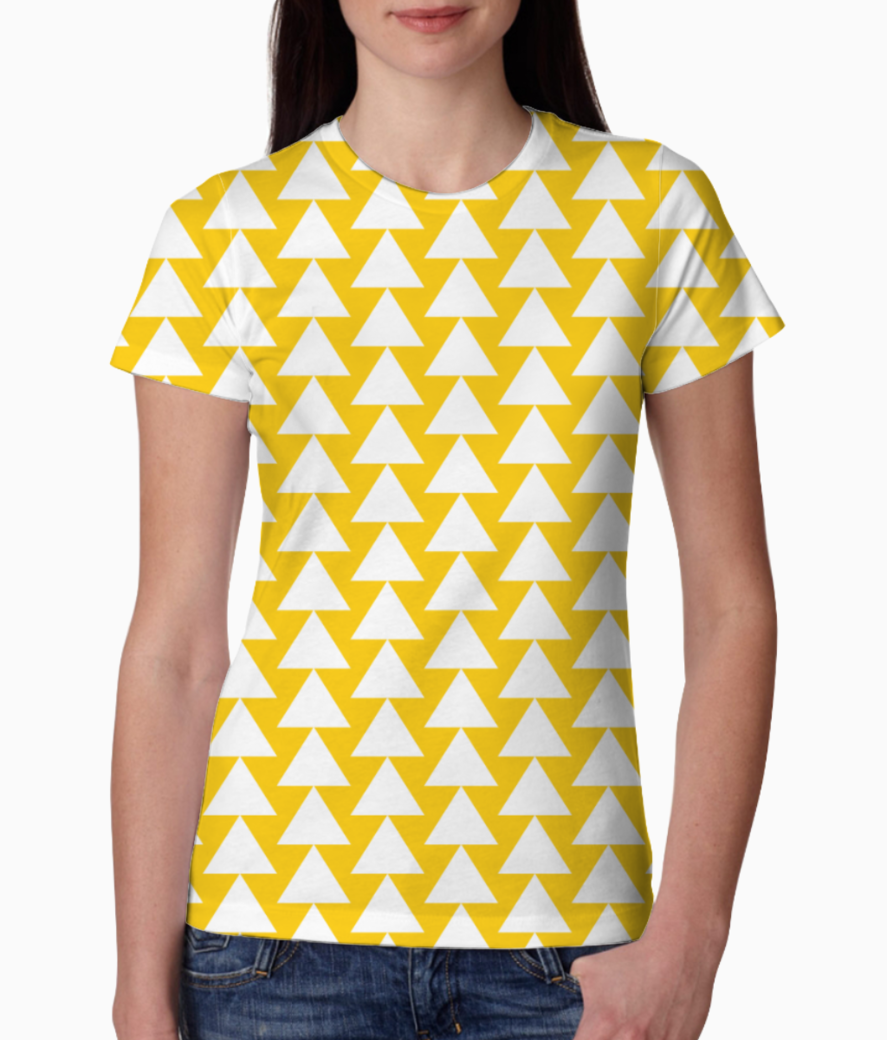 Yellow white triangle pattern tee front